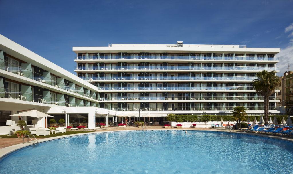 Wie sieht der Pool vom Hotel ananbel in Lloret de Mar aus