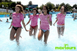 rimini-party-pool-maxtours