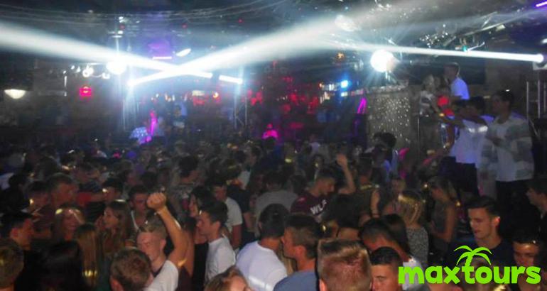 Partyurlaub in Lloret mit 16