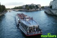 Silvester-in-Paris-Seine