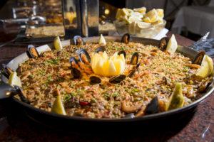 Leckere Paella im Hotel Xaine Park in Lloret de Mar