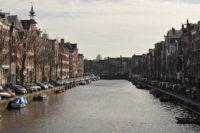 silvesterreisen-nach-amsterdam-tag-grachten
